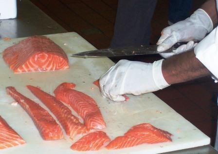 Palom Aquaculture - Preparing Sashimi from sustainable salmon